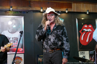 Nick Riggins, Country Superstar Stands Up Against Seaworld